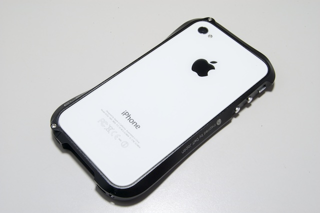 CLEAVE ALUMINUM BUMPER for iPhone4