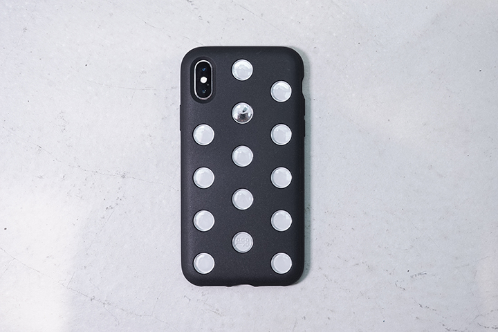 b345f85b4d iPhone XS/XR】穴が大きくなった新作AndMesh「Layer Case」は ...