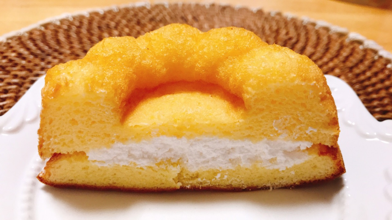 Photo of Kugrof with plenty of cream is 140 yen! Dreamy with a fluffy texture ♪ | AppBank – iPhone, Find the fun of your smartphone